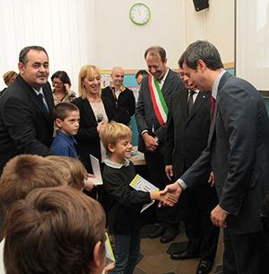 scuola_garibaldi_targa_ministro